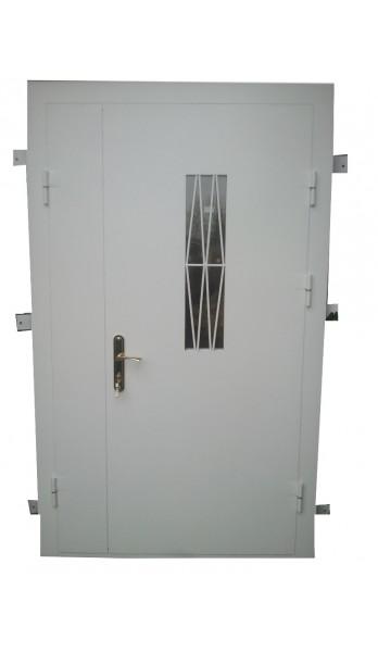 Двустворчатая дверь со стеклопакетом